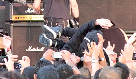 Richard Patrick of Filter Crowd Surfs at KLAQ BBQ