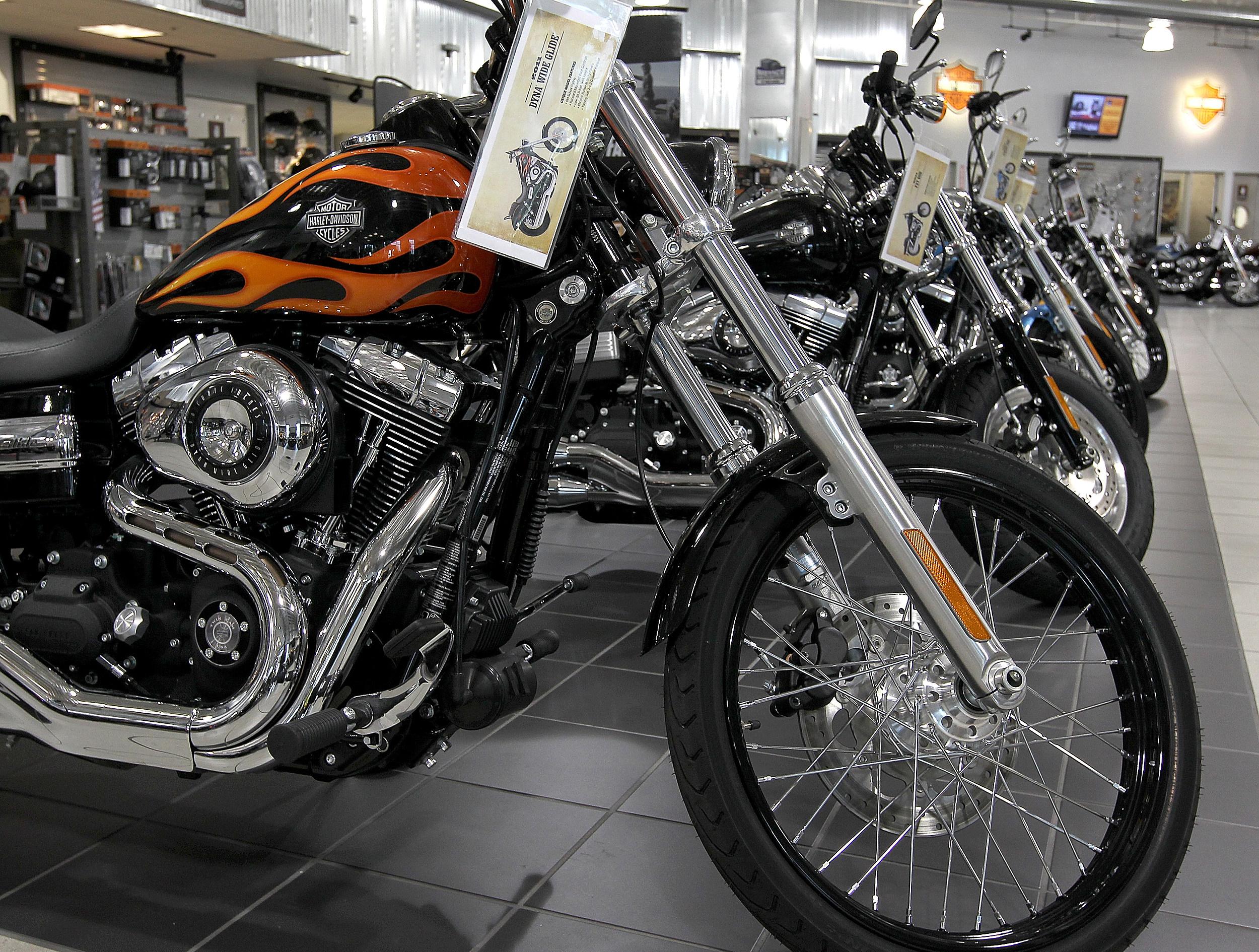 Win a free Harley at Barnett Blood Drive