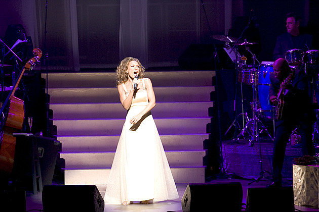 Vanessa Williams At The Palace Theatre